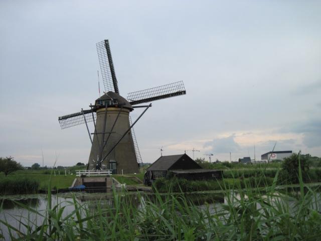 Mlýny v přírodním skanzenu u Kinderdijku I